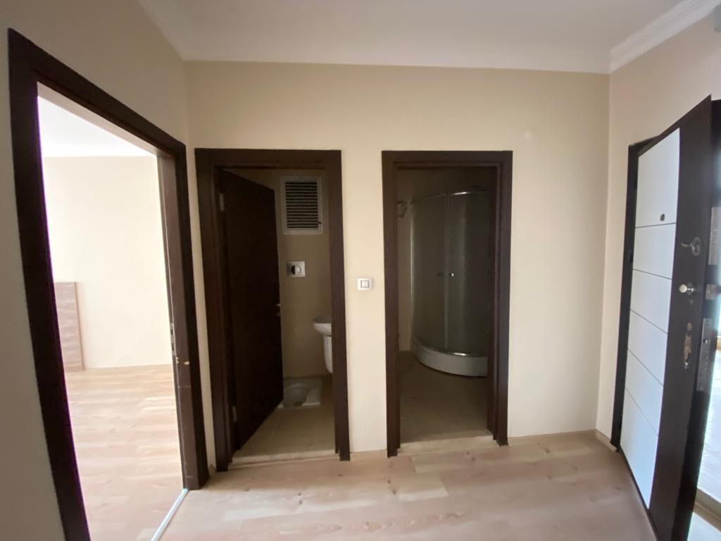 للبيع شقة غرفة وصالة