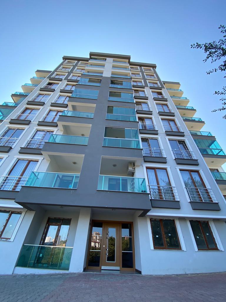 طرابزون منطقة البوزتبه شقة للبيع ثلاث غرف وصالة LA21